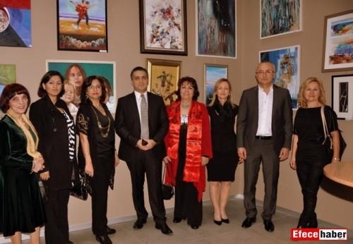 40 ressamdan 60 eserle meslekte ilk kadınlar sergisi