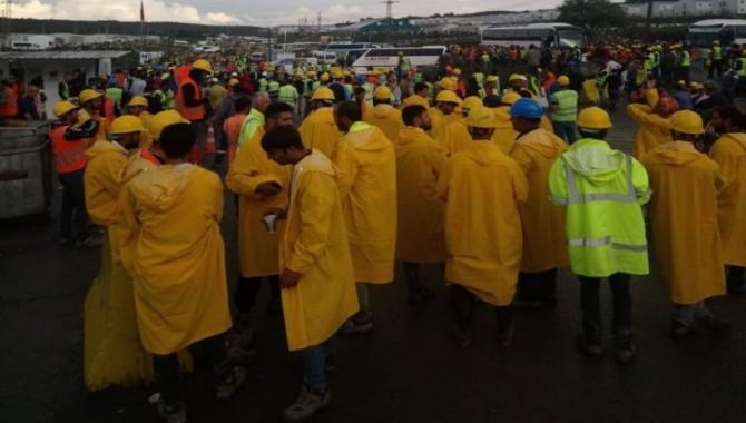 3. Havalimanı işçilerinden kötü çalışma koşullarına karşı eylem
