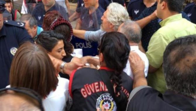 3 ilde kayyım protestolarına polis müdahalesi: Çok sayıda gözaltı