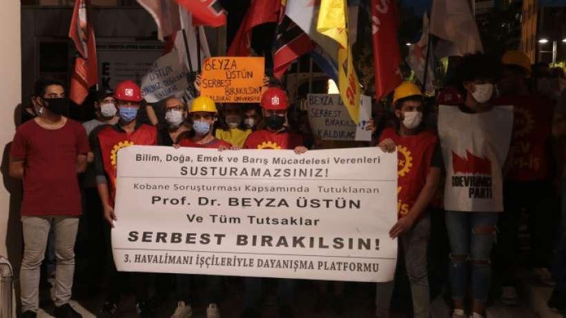 3üncü Havalimanı işçilerinden Beyza Üstün'e destek