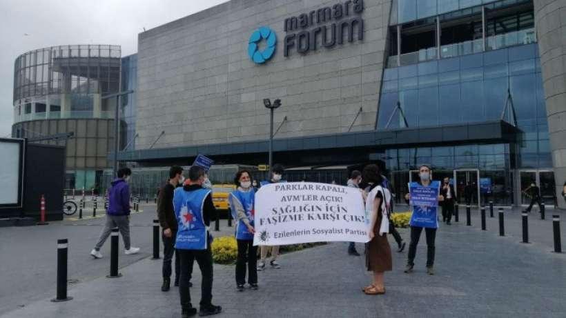 AVM'lerin açılması protesto edildi
