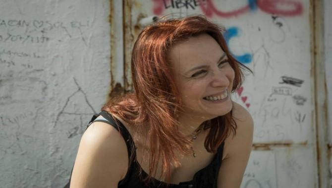 Yazar Aynur Uluç, Pazar günü Tüyap'ta kitaplarını imzalayacak
