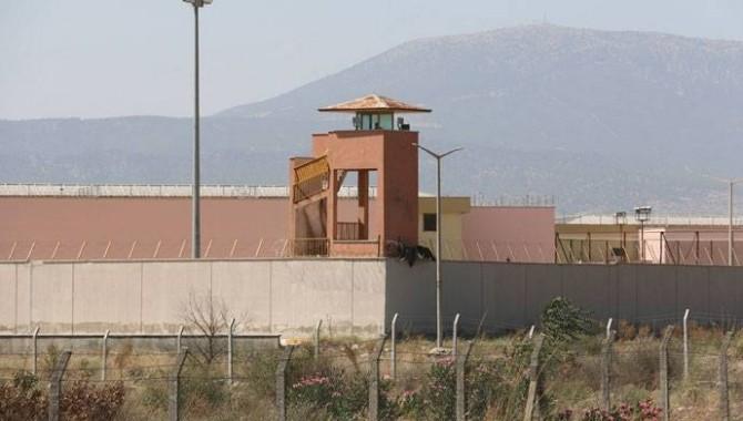 Bir feda eylemi daha: Oltu Hapishanesi'nde bir kadın mahpus, yaşamına son verdi!