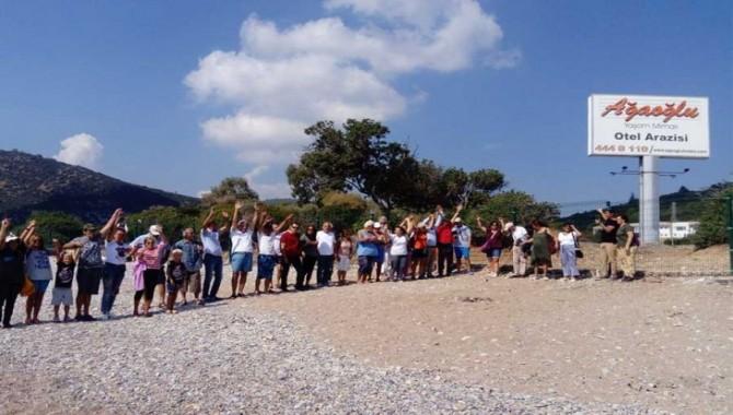 Bodrumlular Gerenkuyu Sahili'nin halka kapatılmasını protesto etti