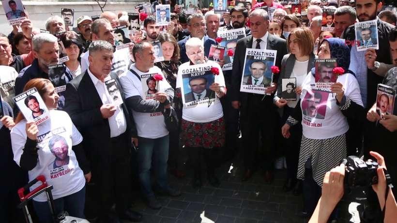 """Cumartesi Anneleri: """"Gözaltında kaybedilişinin 26. Yılında Kadir Keremoğlu için adalet istiyoruz"""""""