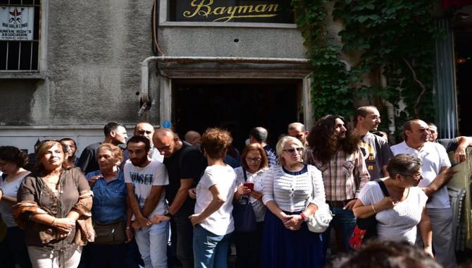 Cumartesi Anneleri'nin, İHD önündeki 704'üncü toplanmaya da polis müdahalesi