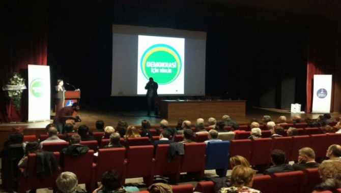 """Demokrasi İçin Birlik İnisiyatifi'nin """"Demokrasi buluşması"""" başladı"""