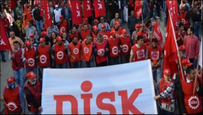 """DİSK: """"Kararnamede sendikalara 12 Eylül yetkileri"""""""