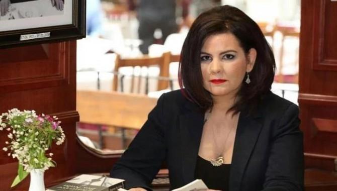Edebiyatçı Ayşegül Tözeren, adli kontrol uygulamasıyla serbest bırakıldı