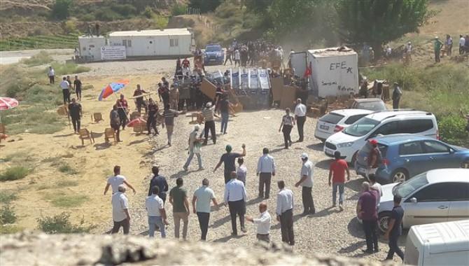 Hacıbektaşlı'da halkın karşı çıkışına rağmen santral kuruluyor...Halk büyük buluşmaya hazırlanıyor!