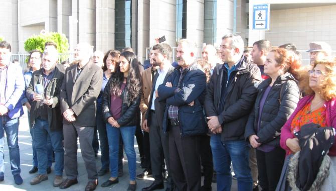 HDP Gençlik Meclis üyelerinin mahkemede sorguları sürüyor