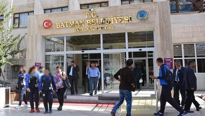HDP'nin sekiz belediyesine daha kayyım atandı