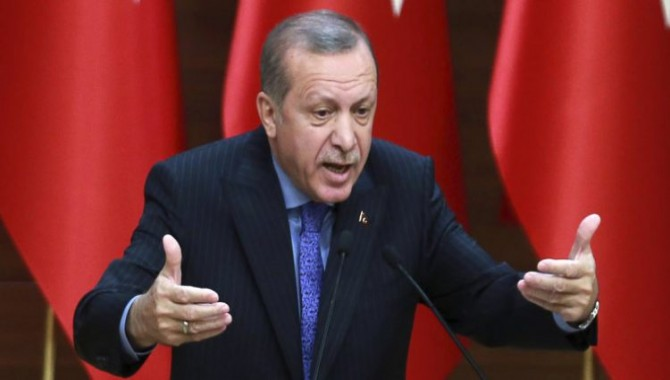İki yurttaş Erdoğan'a hakaretten tutuklandı