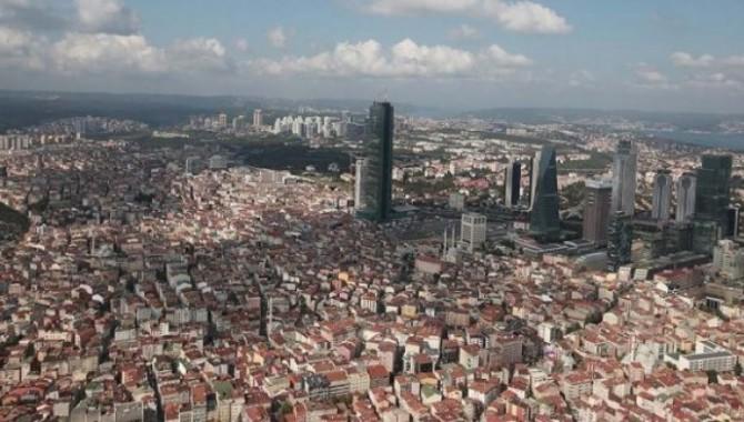'İstanbul'un gündemi kanal değil deprem'