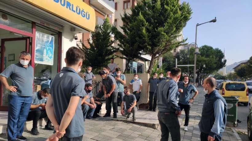 İstanbulda taşeron PTT işçileri iş bıraktı