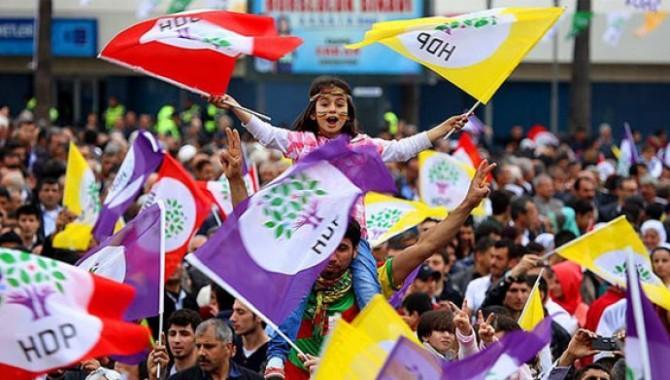 İzmir'de 12 HDP'li gözaltına alındı