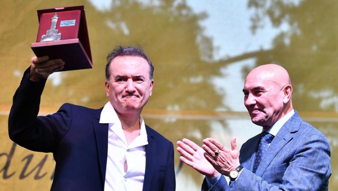 İzmir Edebiyat Festivali 22 Haziran'a kadar devam...