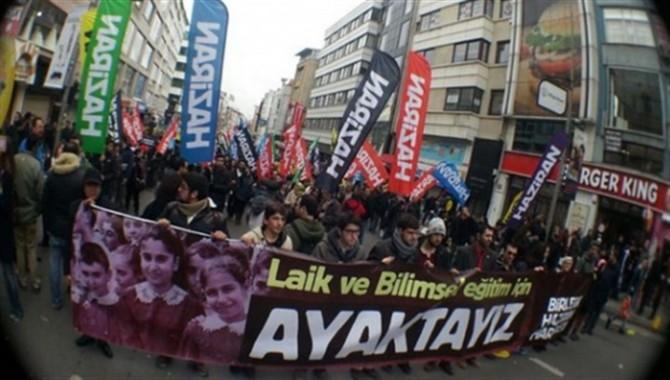 'Laiklik bildirisi' gözaltıları serbest bırakıldı