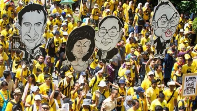 Malezya'da hükümetin yolsuzluklarına protesto