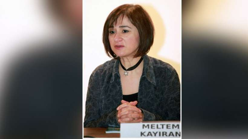 Mülkiye hocası Doç. Dr. Meltem Kayıran'ın fakülteyle ilişiği kesildi