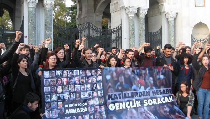 Öğrenciler 10 Ekim katliamını protesto etti