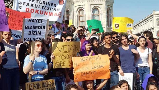 Öğrenciler tepkili: Beyazıt'ta kalmak istiyoruz