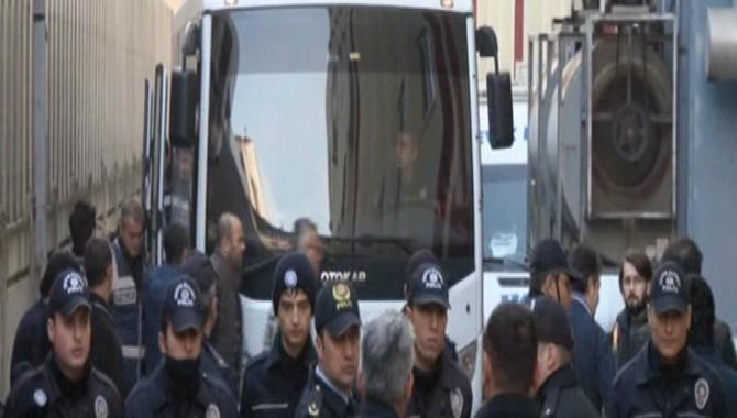 Paralel yapı iddiası ile gözaltına alınanlar serbest