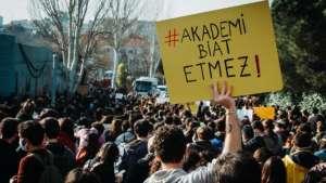 344 yazar, şair ve gazeteciden Boğaziçi öğrencilerine destek