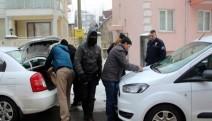 5 akademisyen, akşam saatlerinde serbest bırakıldı