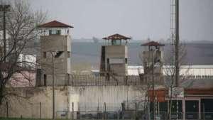 Adana İHD: tutsakların sağlık hakkı engelleniyor