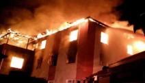 Adana'da öğrenci yurdunda yangın: 12 kişi hayatını kaybetti
