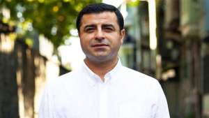 Anayasa Mahkemesi, Selahattin Demirtaş'n tutukluluğu için oybirliği ile ihlal kararı verdi