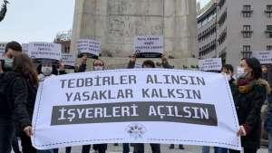 Ankara'da kafe-bar çalışanları ışık açarak alkışlı eylem yapacak
