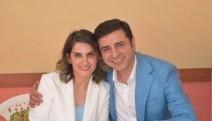 Demirtaş'a edebiyat ödülü vermeye gelen Fransa vatandaşları Türkiye'ye alınmadı