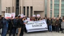 Devrimci Gençlik Dernekleri Genel Sekreteri Berkay Ustabaş, hakim karşısında...Adliye önünde basın açıklaması