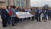 EMEP Genel Başkanı Gürkan hakim karşısına çıktı...'Barış ve ifade özgürlüğü yargılanamaz'