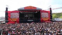 Grup Yorum'un Hatay konserinin yasaklanmasını protesto edenlere gözaltı