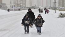 İstanbul ve Kocaeli'de okullar salı günü de tatil edildi