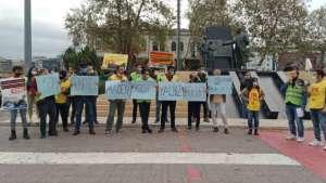 İstanbul'da yürüyüşleri engellenen Soma işçilerine destek eylemi