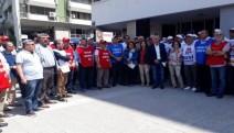İzmir'de tertip komitesi 1 Mayıs'a çağrı bildirileri dağıttı