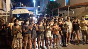 İzmir'de gözaltına alınanlar serbest bırakıldı