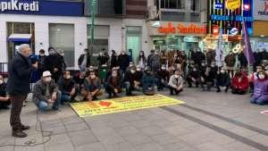 İzmir'de ihraçlara karşı eylem sürüyor