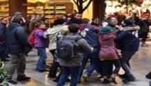 """Kadıköy'de """"Savaşa Hayır"""" diyen 11 kişi 2911'e muhalefetten tutuklandı"""