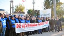 Kocaeli'de Trelleborg işçileri greve çıktı