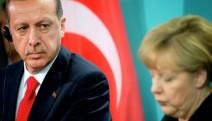 Merkel: Türkiye'nin ekonomideki istikrarsızlığı kimsenin çıkarına değil