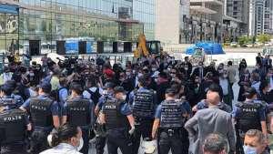 Savunma Yürüyüşü Ankara'ya ulaştı: Baro başkanlarına kent girişinde polis engeli