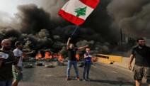 Sokaklar ezilenlerindir: Lübnan'daki halk ayaklanması 'Devrim' sloganlarıyla büyümeye devam ediyor
