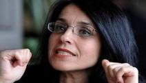 Tarihçi-Yazar Ayşe Hür'e 1 yıl 3 ay hapis cezası
