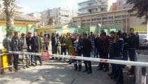 Urfa'da iki aydır maaş alamayan taşeron işçiler eyleme geçti