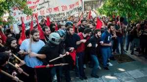 Yunanistan'da yeni eylem yasasına karşı direniş